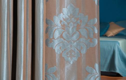 Nu er klassiske gardiner tilbage